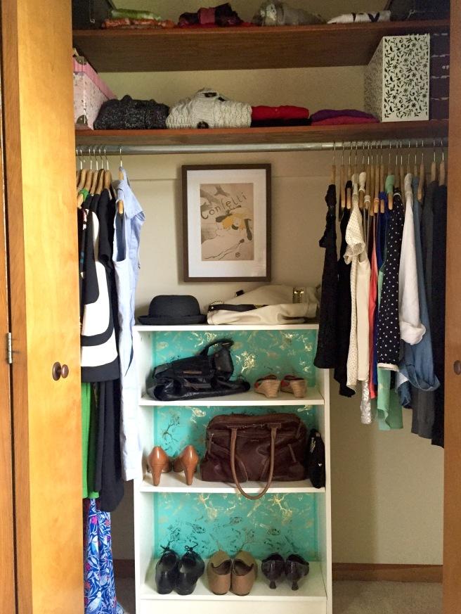 I kept 3 long sleeve dresses and 3 short sleeve/sleeveless dresses, 12 tops, 7 cardigans, 2 sweaters.