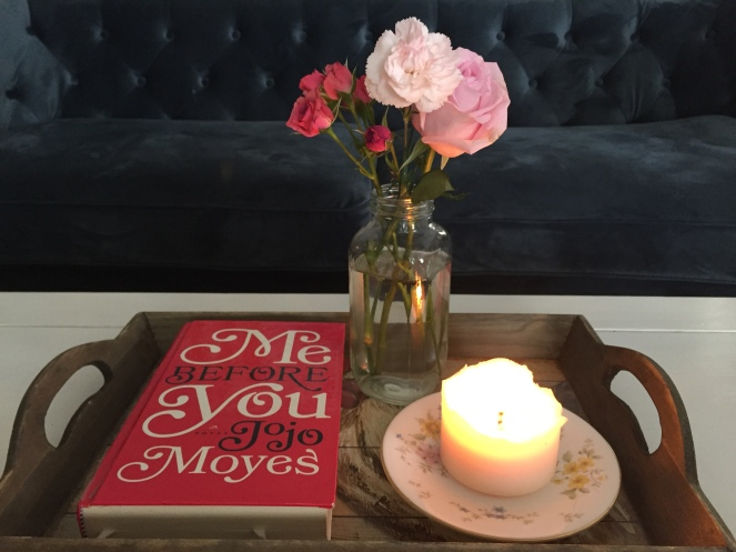 The last little bouquet with what I'm currently reading. Me Before You by Jojo Moyes has to be one of the best books to read the week leading up to Valentine's Day. For those who don't like reading, the movie comes out in June.